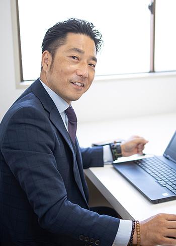 写真:代表取締役 𠮷田 貞繁